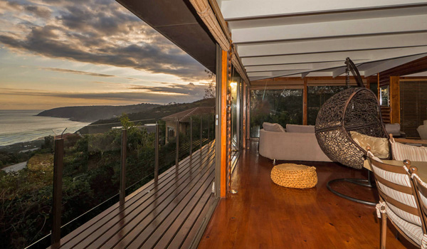Roomy Selfcatering Accommodation near George with sea views. The most affordable luxurious accommodation in the Garden Route